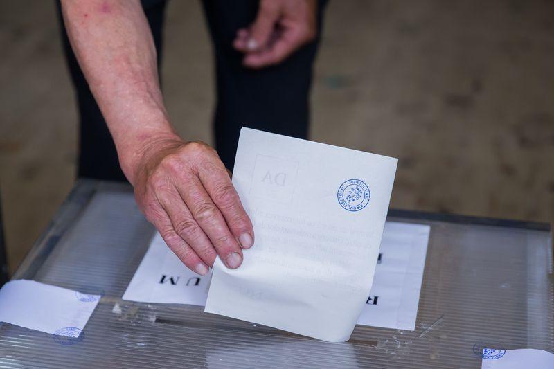 Data alegeri prezidențiale 2019. Totul despre exercitarea votului din data de 10 noiembrie - Azi începe votarea în diaspora