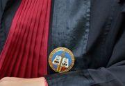 O judecătoare din Mureș a fost găsită cu gâtul tăiat lângă mașina sa