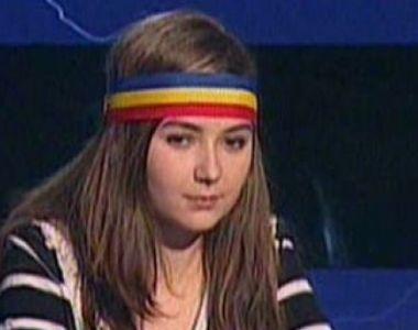 """O mai țineți minte pe Sabina, """"fata cu bentita tricolora"""" care i-a făcut pe români să..."""
