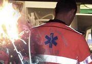 VIDEO   Un copil de trei ani, ars de rufele puse la uscat pe sobă, plimbat între trei spitale