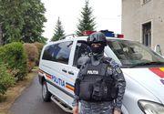 Tânăr din Prahova, sub control judiciar după ce convins mai multe fete minore să-i trimită fotografii indecente, iar apoi le-a şantajat