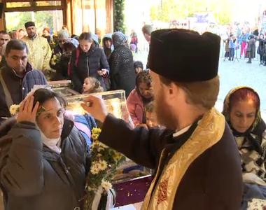 Niște soldați bulgari au fost singurii care au furat din București moaștele Sfântului...