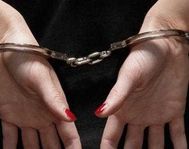Femeie dată în urmărire internaţională după ce fusese condamnată la 20 de ani de...