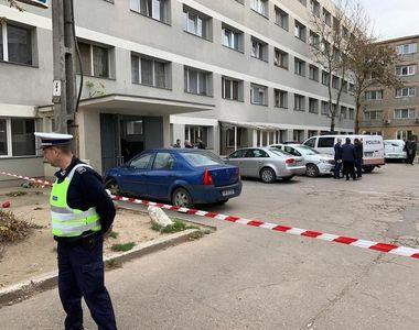 Nouă poliţişti care au intervenit în blocurile unde au fost folosite substanţe toxice...