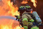 Aproximativ 30 de persoane, printre care şi şapte copii, evacuate dintr-un bloc din Slatina din cauza unui incendiu