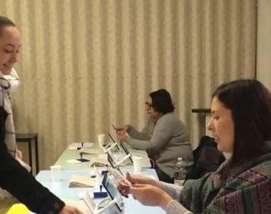 Numărul alegătorilor care au votat la secţiile din străinătate a depăşit 150.000
