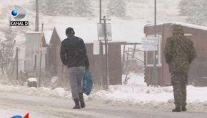 VIDEO | Iarna a pus stăpânire pe jumătate din țară! Viscol, ninsori și zăpezi de peste 22 de cm