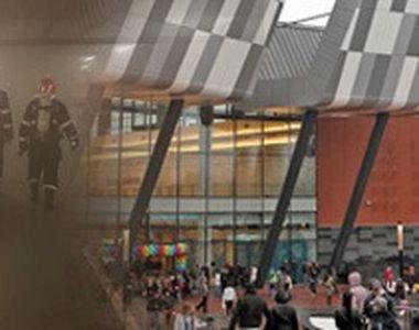 VIDEO   Incendiu puternic la unul dintre cele mai mari mall-uri din București