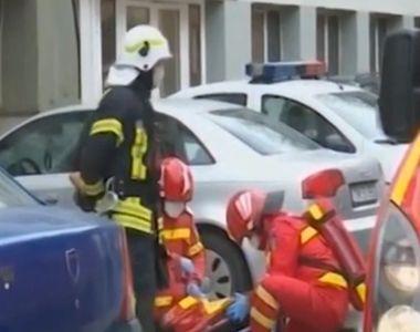Locatarii unui bloc din Bucureşti, evacuaţi după ce un bărbat a anunţat la 112 că a...