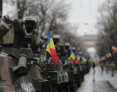 Gestul emoționant făcut de un militar înaintea paradei de 1 Decembrie. Avem cele mai...