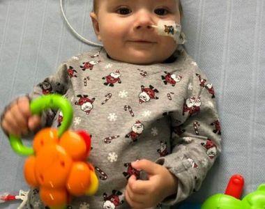 Povestea emoționantă a unui bebeluș: copilul de 9 luni își petrece Crăciunul în spital...