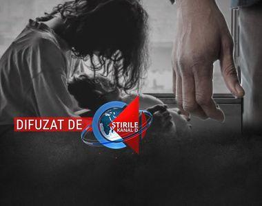 VIDEO | Copii exploatați sexual de părinți.  Chinul micuților a durat ani. Detalii...