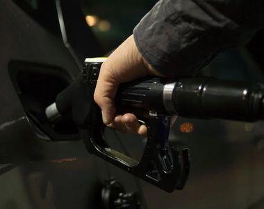 Vot final la Camera Deputaţilor - Supraacciza la carburanţi a fost eliminată/ Robert...