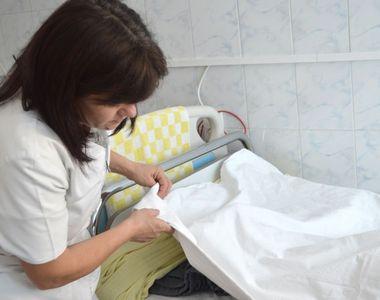 Anchetă internă la un spital din Iași: s-a descoperit că o infirmieră venea beată la...