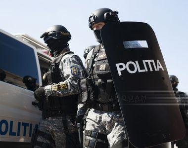 Percheziţii DIICOT şi DGA la Poliţia Caraş-Severin, după ce un şef şi mai mulţi...