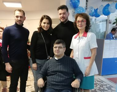 """Simona Pătruleasa și Victor Slav, """"ambasadorii"""" lui Moș Niculae, pentru copii de la..."""