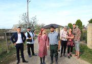 """Ce se intampla cand primarul si preotul sunt in cardasie?  # Sambata seara, la ora 20:00, la Kanal D urmeaza un nou episod al serialului de comedie """"Moldovenii"""""""