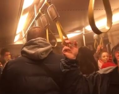 Clipe de panică la metrou! Vagoanele trenului s-au umplut de fum!