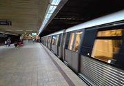 Metrorex: Un călător al unui tren a apăsat butonul de alarmă pentru a anunţa că este fum; s-a constatat că era o degajare de praf