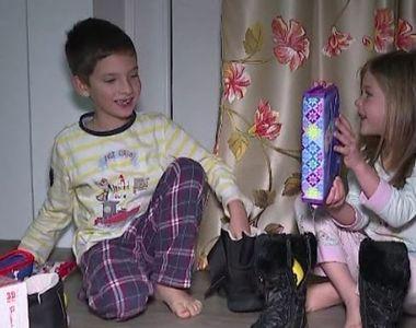 VIDEO | Prima noapte magică a sfârșitului de an. Moș Nicolae le-a adus copiilor o...