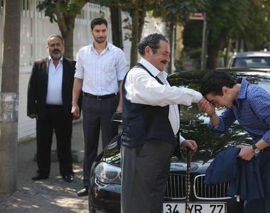 Ce spune actorul Tarik Papuccoglu, batranul Yakup, despre rolul pe care il...