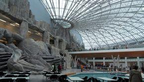 VIDEO | Incendiu la unul dintre cele mai mari mall-uri din București. 2.000 de oameni au fost evacuați