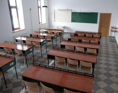 Părinții își pot lua liber de la job când școlile sunt închise. Proiectul de lege,...