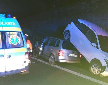 Accident de proporții pe Valea Oltului. Trafic blocat