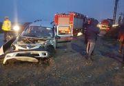 Accident în Prahova! Două persoane au rămas încarcerate