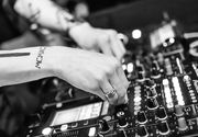 Adio petreceri la bloc, muzică tare sau vecini gălăgioși. Klaus Iohannis stopează totul