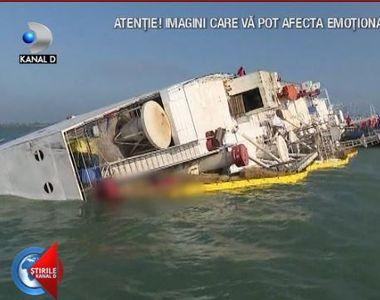 VIDEO | Bacterii periculoase în locul în care s-a răsturnat nava cu 14.000 de oi!...