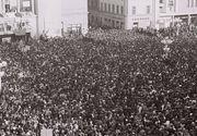 30 DE ANI DE LA REVOLUŢIE: A meritat, suntem liberi, spun la 30 de ani de la Revoluţia din Decembrie 1989 cei care atunci au ieşit în stradă