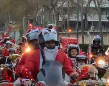 VIDEO | Ajutoarele lui Moș Crăciun, pe motocicletă