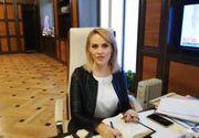 Gabriela Firea s-a fotografiat cu caloriferul electric în birou