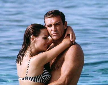"""Claudine Auger, cunoscută din al patrulea film """"James Bond"""", a murit la vârsta de 78 de..."""