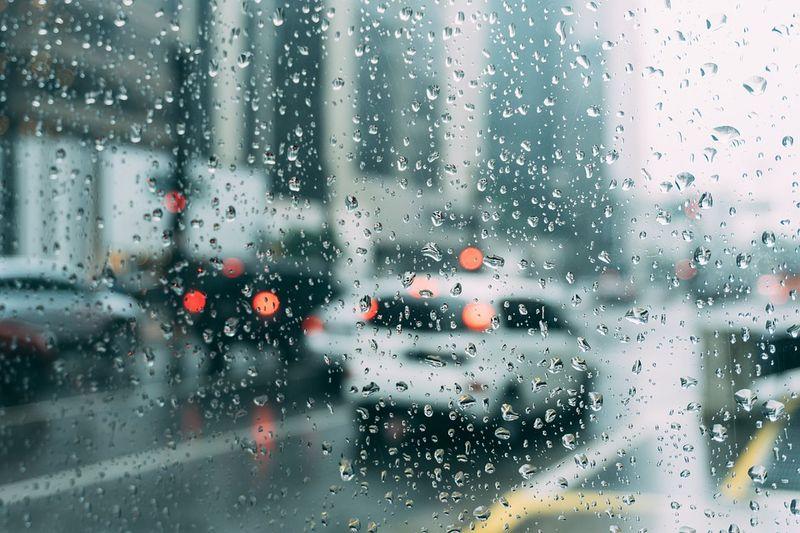 Atenţionare de călătorie emisă de MAE - Ploi torenţiale, inundaţii şi vânt, în Spania