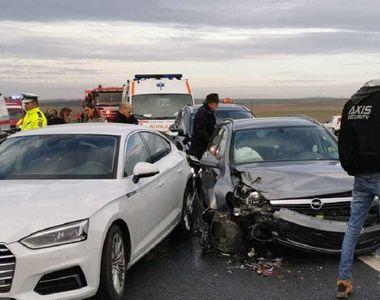 Timiş: Şapte persoane, printre care doi copii, implicate într-un accident rutier pe...