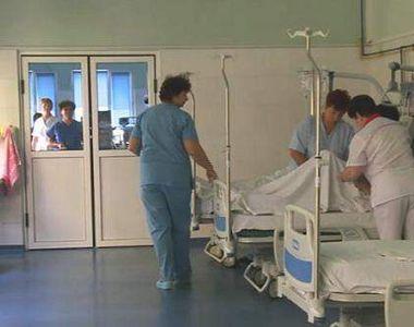 Polițiștii au salvat în ultima clipă o tânără de 18 ani din Argeș care voia să se sinucidă