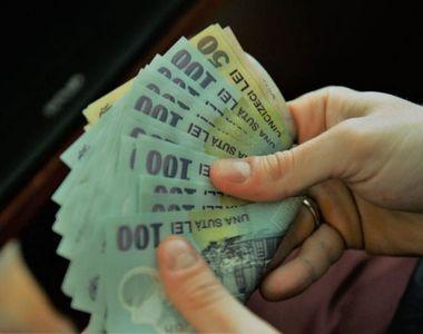 Banii intră direct pe card! Venituri mai mari pentru acești români: Se întâmplă din 2020