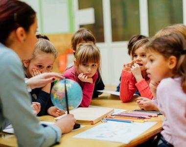 Rolul gradinitei si scolii private TeddyBar este sa vina in ajutorul copiilor si...