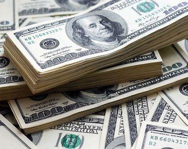 Cei mai bogaţi oameni din lume şi-au mărit averile cu 1.200 de miliarde de dolari....