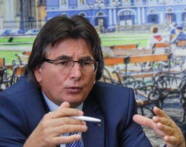 Primarul Timişoarei Nicolae Robu, trimis în judecată alături de alte opt persoane în...