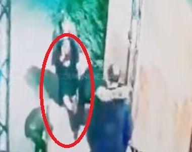 O tânără, târătă dintr-un club din Moldova și violată de doi bărbaţi! Femeia este...