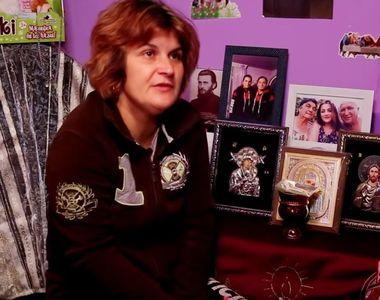 Îți vine să plângi! Ce avea Luiza Melencu în camera ei: icoane, Arsenie Boca și jucării...