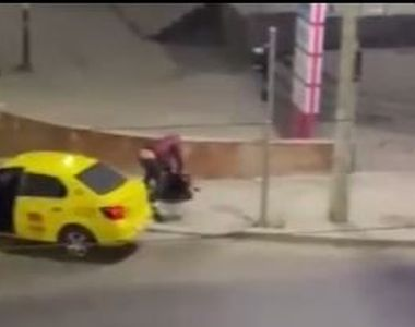 Un taximetrist din București l-a luat la bătaie pe un client. Scena halucinantă a fost...