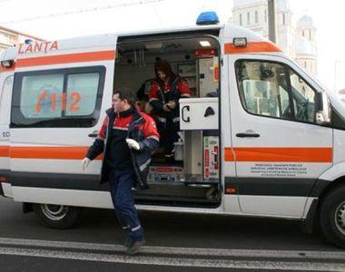 Un bărbat de 54 de ani s-a tăiat la gât, cu un cuţit, pe o stradă din Cluj-Napoca. El...