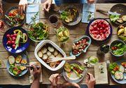 """Avertismentul unui medic de renume: Ce aliment """"ne roade stomacul precum rugina"""""""