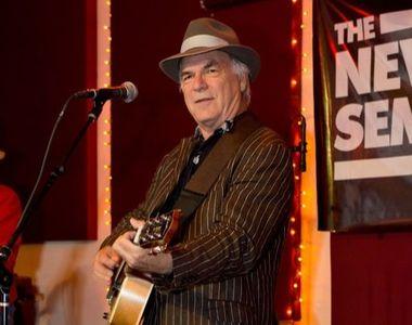 Cântărețul american David Olney a murit pe scenă, în timpul unui festival