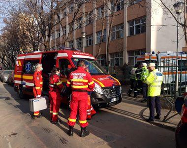 VIDEO | Sute de elevi de la o școală din București, evacuați după dezinfecție.  15...