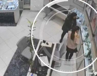 VIDEO | Păcăleală de 57.000 de lei la un magazin de bijuterii. Detaliile unei...